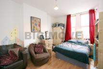 2 bedroom Flat for sale in Upper Clapton Road...
