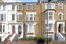 1 bedroom Flat in Queensdown Road, London