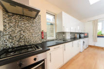 Maisonette to rent in Oxford Gardens, Chiswick...