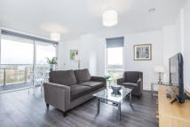 2 bed Flat to rent in Batavia Road, New Cross...
