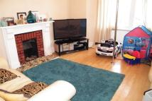 Flat in Ladywell Road, Ladywell...