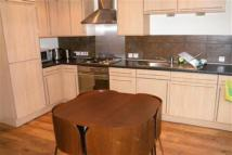 3 bed Flat to rent in Dumbarton Road, West End