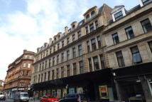 2 bedroom Flat in Mercat Court...