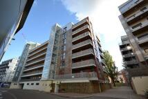 Apartment to rent in Geoffrey Watling Way...