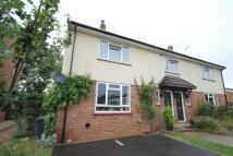 3 bedroom semi detached property to rent in Badersfield