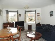 Flat to rent in Chatsworth Square, Hove
