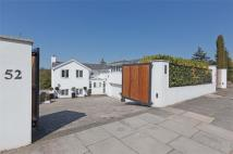 5 bed Detached home in Hill Brow, Hove