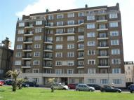 3 bedroom Flat to rent in Grand Avenue, East Sussex
