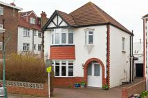 3 bed Detached home in St Leonards Gardens...