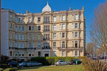 Flat for sale in Grand Avenue