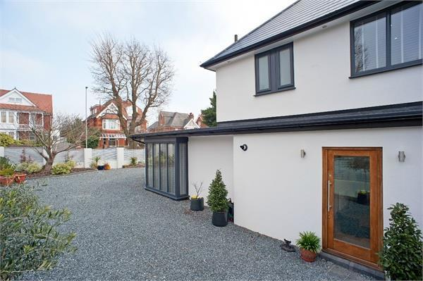5 Bedroom Detached House For Sale In Highview Dyke Road