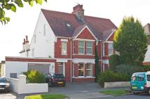 5 bed semi detached house in Dyke Road, Hove