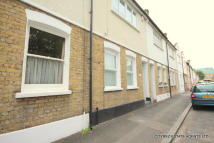 2 bed Terraced home to rent in Straightsmouth...
