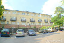 3 bed Maisonette in Cottesbrook Street...