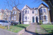 93 Wickham Road Flat to rent