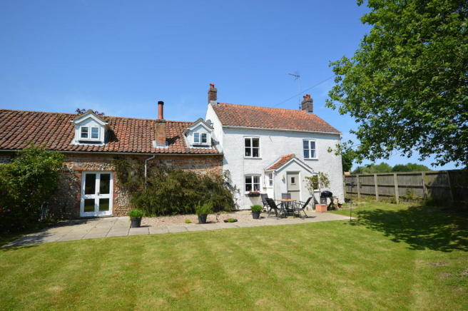 Property For Sale In Edgefield Norfolk