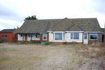 3 bedroom Detached Bungalow in Cromer Road, West Runton