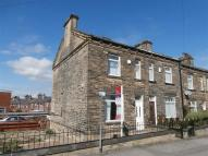 Terraced property to rent in Grove Road