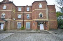 2 bedroom Apartment in Woodlands Corner...