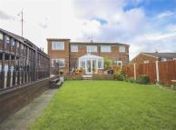 4 bed semi detached house in Laburnum Drive...
