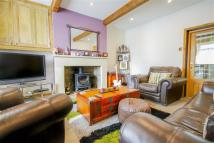 2 bed Cottage for sale in Worsley Street...