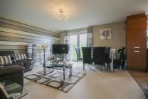 2 bed Apartment for sale in Honeysuckle Court...