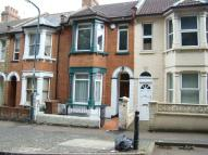 4 bed Terraced house to rent in Boundary Road, Chatham