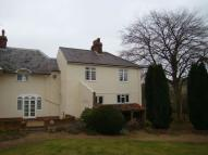4 bed semi detached home to rent in Pear Tree Lane...