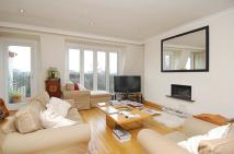 3 bed Flat to rent in Ifield Road, Chelsea...