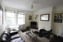 Maisonette to rent in The Vale W3