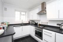 Flat in Goldhawk Road Stamford...
