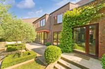 6 bedroom Detached property in Grange Gardens, London