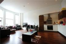 3 bed Flat to rent in Fitzjohns Esplanade...