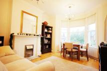 Flat to rent in Constantine Road...