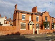 End of Terrace property to rent in Victoria Road, Wrexham