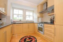 2 bed property in Childs Mews...