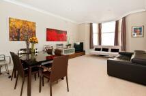 2 bedroom Flat to rent in Cheniston Gardens, London