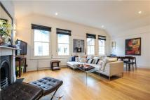 3 bed Flat in Astwood Mews, London