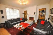 2 bedroom Apartment in Montagu Mansions...
