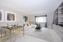 Penthouse to rent in St Johns Wood Park...