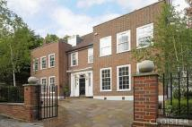 6 bed Detached house in Frognal, Hampstead...