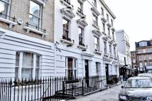 Town House for sale in Nottingham Place...
