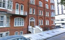 3 bed Flat in Bedford Avenue...