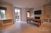 5 bedroom semi detached property in Howley Place...