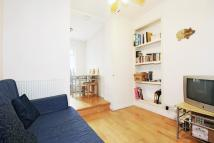2 bed Flat in Oakley Square, Camden