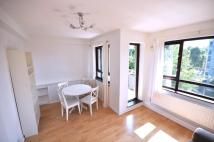 3 bedroom Flat in Birkenhead Street...