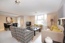 Flat to rent in St Johns Wood Park...