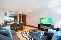 Flat to rent in Melcombe Street...