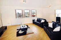 Flat to rent in City Road, Islington