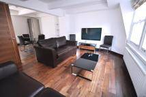 2 bed Flat in Cleveland Street...